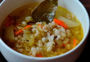 Вкусный и питательный суп - рассольник.